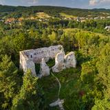 Image: Castle ruins, Bydlin